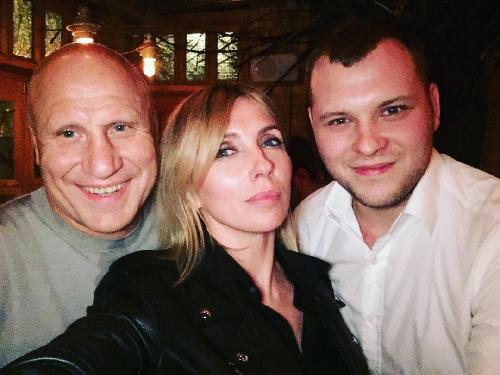 Бондарчук отметил годовщину с любимой женщиной